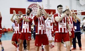 """Προβάδισμα τίτλου ο Ολυμπιακός! Νίκησε σε """"θρίλερ"""" τον ΠΑΟΚ"""
