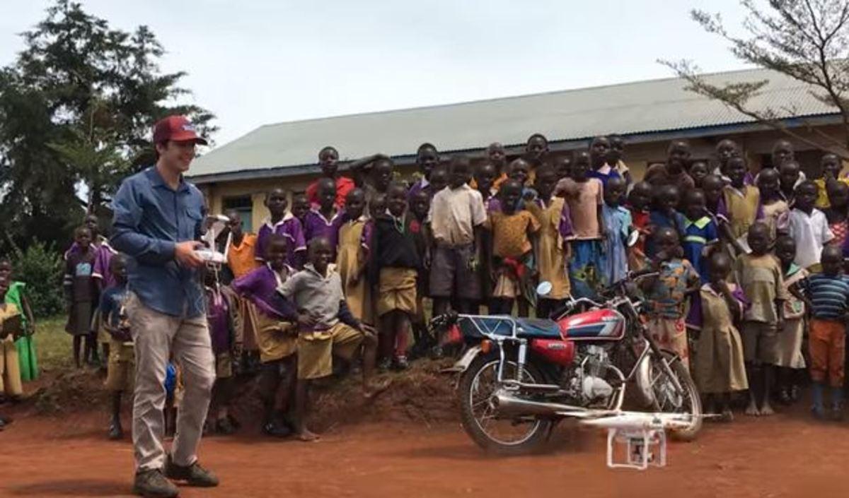 Η απίστευτη αντίδραση παιδιών στην Αφρική όταν βλέπουν drone να πετά | Newsit.gr