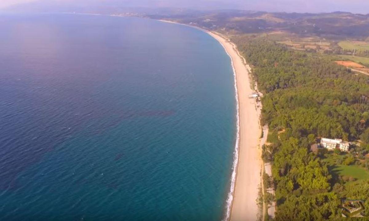 Η μεγαλύτερη παραλία με άμμο στην Ευρωπαϊκή Ένωση βρίσκεται στην Ελλάδα   Newsit.gr