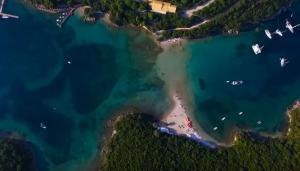 Δεν λέγεται άδικα η Καραϊβική της Ελλάδας – Πού βρίσκεται η εξωτική παραλία