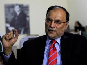 Πακιστάν: Απόπειρα δολοφονίας κατά του υπουργού Εσωτερικών