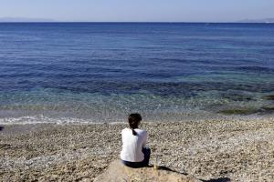 Πετρελαιοκηλίδα… τέλος! Καθαρές οι ακτές της Αττικής μετά το ναυάγιο του Αγία Ζώνη 2