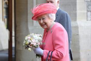 Η Βασίλισσα Ελισάβετ, το ελικόπτερο και τα γενέθλια της μικρής Σάρλοτ