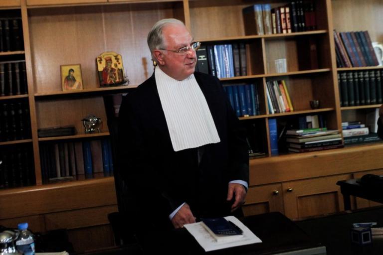 Παραίτηση Σακελλαρίου: Έντονες αντιδράσεις από αντιπολίτευση και δικηγορικούς συλλόγους   Newsit.gr