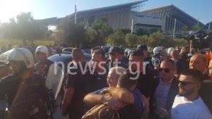 ΑΕΚ – ΠΑΟΚ: Αγκάλιασε έναν – έναν τους παίκτες ο Σαββίδης! Πού θα δει τον τελικό [pics, vid]