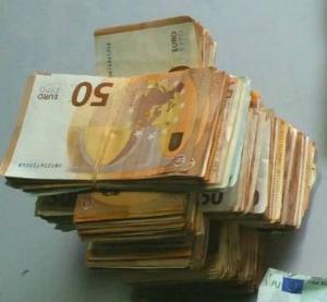 Χανιά: Ο πύργος με τα χαρτονομίσματα των 50 ευρώ και οι άγνωστες αλήθειες που έκρυβαν [pics]