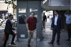Τσίπρας: Προκαλεί και προσβάλλει η απόφαση για τον Μαντέλη