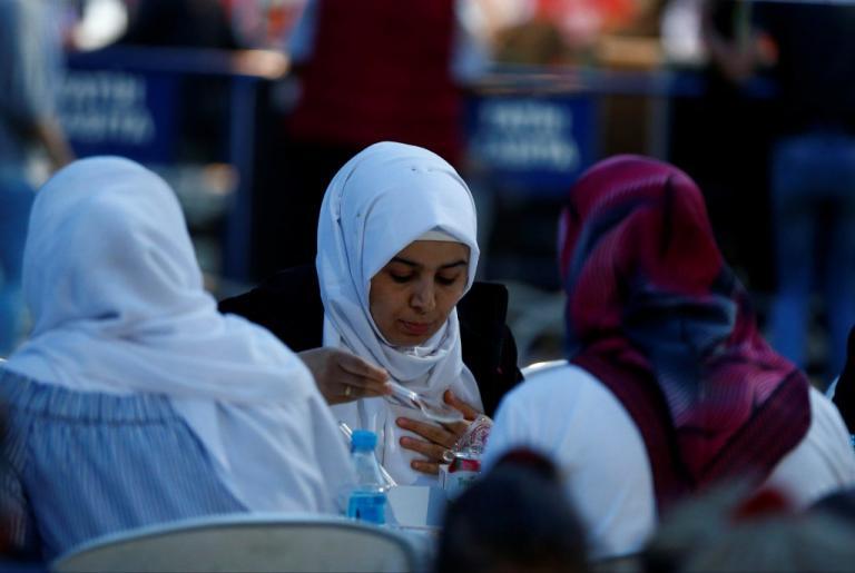 Καταποντίζεται η τουρκική οικονομία – Πέφτει η λίρα – Στο 15% το δεκαετές ομόλογο! | Newsit.gr