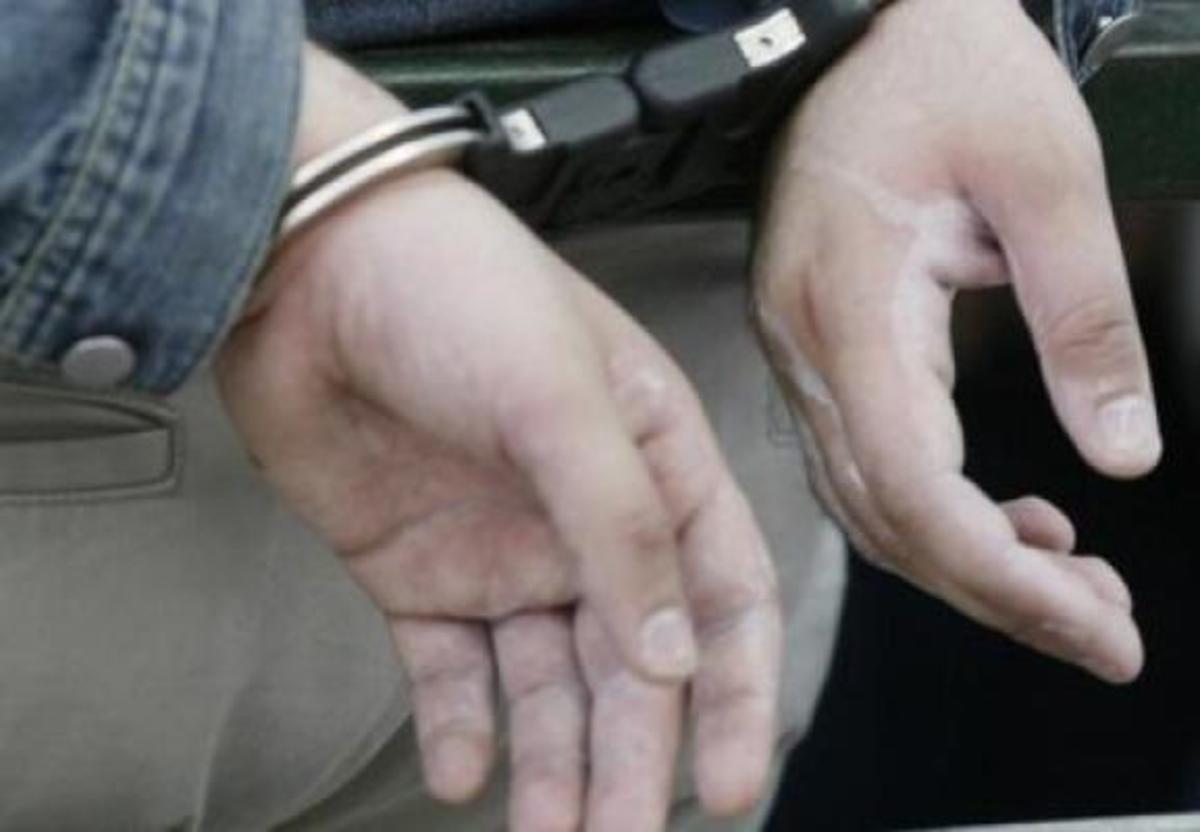 Μαχαίρωσε στον λαιμό τον σύντροφο της αδερφής του! | Newsit.gr