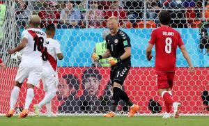 Μουντιάλ 2018, Περού – Δανία: Ο Σμάιχελ «έκλεψε» τη νίκη για τους Σκανδιναβούς [vids, pics]