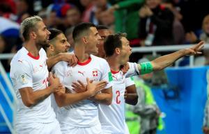 """Πέτκοβιτς για τον αλβανικό αετό των Τζάκα και Σακίρι: """"Να αφήσουμε την πολιτική εκτός ποδοσφαίρου"""""""