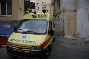 Αχαϊα: Μάνα και γιος λιποθύμησαν μέσα σε βόθρο – Στο νοσοκομείο μετά τον απεγκλωβισμό τους!