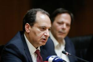 Κρήτη: Επίθεση Καραμανλή σε Σπίρτζη για το νέο ΒΟΑΚ – «Κοροϊδία τα διόδια»!