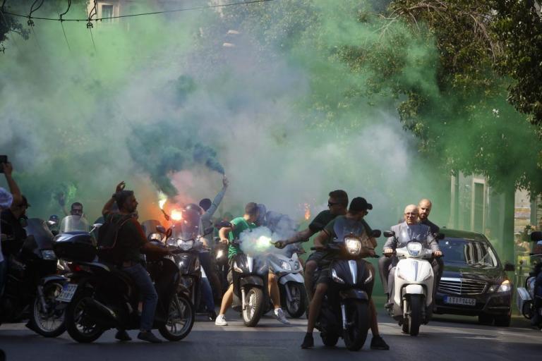 Παύλος Γιαννακόπουλος: «Πρασίνισε» η Αθήνα! Εκατοντάδες μηχανές ακολούθησαν τη σορό του [pics] | Newsit.gr