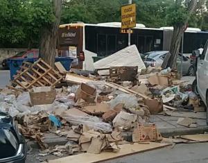 Θεσσαλονίκη: Άλλαξαν έπιπλα και τους έπνιξαν στα σκουπίδια – Τα χάλια μας μέσα σε 11 φωτογραφίες [pics]