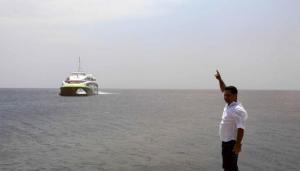 Σίκινος: Ο καπετάνιος του Flying Cat 4 είδε το λιμάνι από μακριά και πήρε την αναγκαία απόφαση!