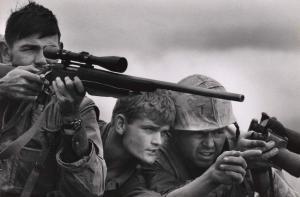 """""""Έφυγε"""" ο διάσημος φωτορεπόρτερ Ντέιβις Ντάγκλας Ντάνκαν"""