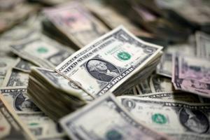 Το Πεκίνο επιβάλλει πρόσθετους δασμούς σε αμερικανικά προϊόντα αξίας 16 δισ. δολαρίων
