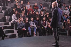 Αρχίζει η λειτουργία του Τμήματος Σκηνοθεσίας στη Δραματική Σχολή του Εθνικού Θεάτρου – Όλες οι λεπτομέρειες