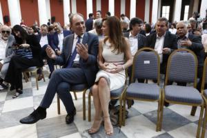 Γ. Σταθάκης: Αντιμετωπίσαμε τις δύο γενεσιουργές αιτίες της κρίσης – Μεγάλο βήμα η ελάφρυνση του χρέους!