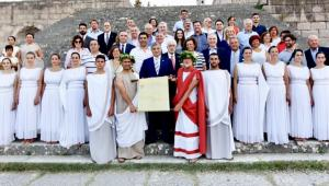 Κως: Γιατροί από όλο τον κόσμο στην αναπαράσταση του Όρκου του Ιπποκράτη [pics]