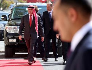 """Ιορδανία:  Διαδηλώνουν κατά του ΔΝΤ – """"Ο Αλλάχ να μας φυλάει"""" είπε ο  βασιλιάς Αμπντάλα για την κρίση"""