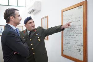 """Κ. Μητσοτάκης: """"Πολιτικοί απατεώνες ο Αλέξης Τσίπρας κι ο Πάνος Καμμένος""""!"""