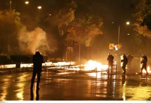 ΝΔ: Οι αστυνομικοί δέχονται δολοφονικές επιθέσεις και ο Τόσκας τα βρίσκει όλα καλά