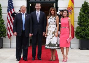 Μελάνια Τραμπ – Βασίλισσα Λετίθια:  Έβαλαν γόβες στιλέτο και άναψαν φωτιές