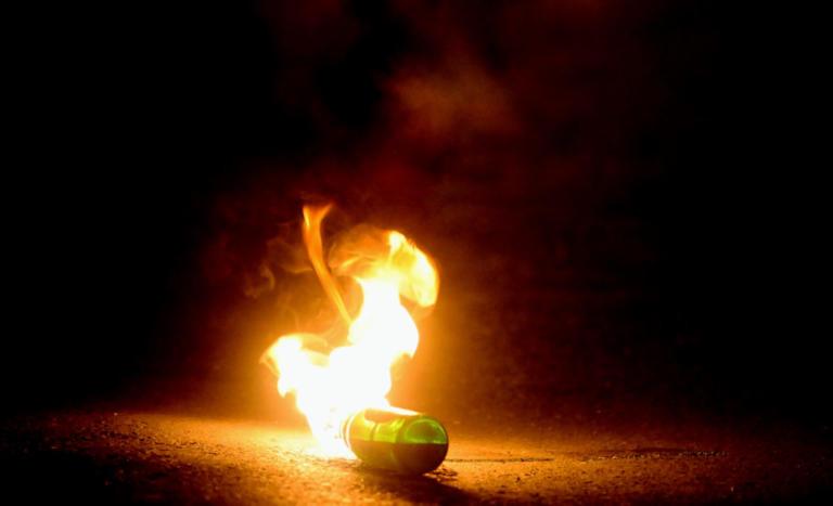 Θα κάψουμε τον ΣΚΑΙ – Μήνυμα με απειλή κατά του σταθμού από ηγετικό στέλεχος του Ρουβίκωνα
