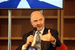 """Π. Μοσκοβισί: """"Ήρθε η ώρα η Ελλάδα να σταθεί στα πόδια της"""""""