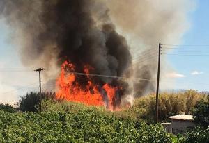 Πυρκαγιά κοντά σε στρατιωτικές εγκαταστάσεις καυσίμων στη Βοιωτία!