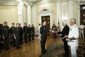 """Αποφοίτηση σειράς """"Λόρδος Βύρων"""": Τιμή και υπερηφάνεια για τους σπουδαστές αξιωματικούς [pics]"""