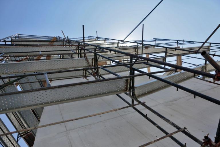 Ηράκλειο: Εργάτες έπεσαν από σκαλωσιά σε οικοδομή!   Newsit.gr