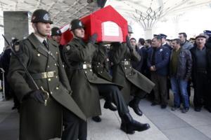 Τουρκία: Η κυβέρνηση απαγορεύει στο δεύτερο μεγαλύτερο κόμμα να εκπροσωπείται σε κηδείες στρατιωτών