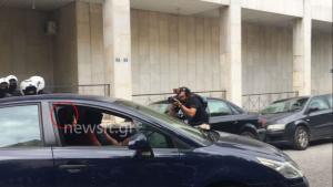 Σύλληψη Μπαρμπαρούση: Επέστρεψε χθες στην Αττική – Έμενε στο σπίτι φίλης του στην Πεντέλη