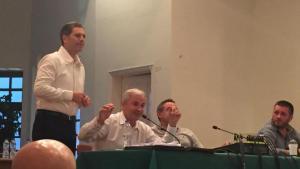 Αίγιο: Ο Αλέξανδρος Μπουρδούμης έκανε «ντου» στο δημοτικό συμβούλιο! [pics]