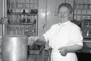 Eugenie Brazier: Μια γεύση από τη ζωή της σεφ με 4 πράγματα που δεν γνωρίζετε