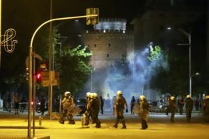 ΣΥΡΙΖΑ: Ακροδεξιές και περιθωριακές ομάδες δημιούργησαν τα επεισόδια στην Θεσσαλονίκη