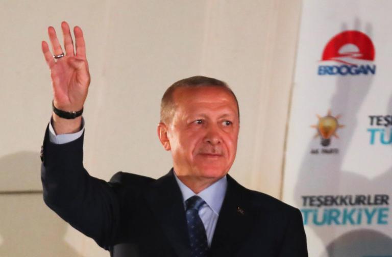 Εκλογές Τουρκία: «Δικτάτορας ο Ερντογάν! Γιατί να τον συγχαρώ;»