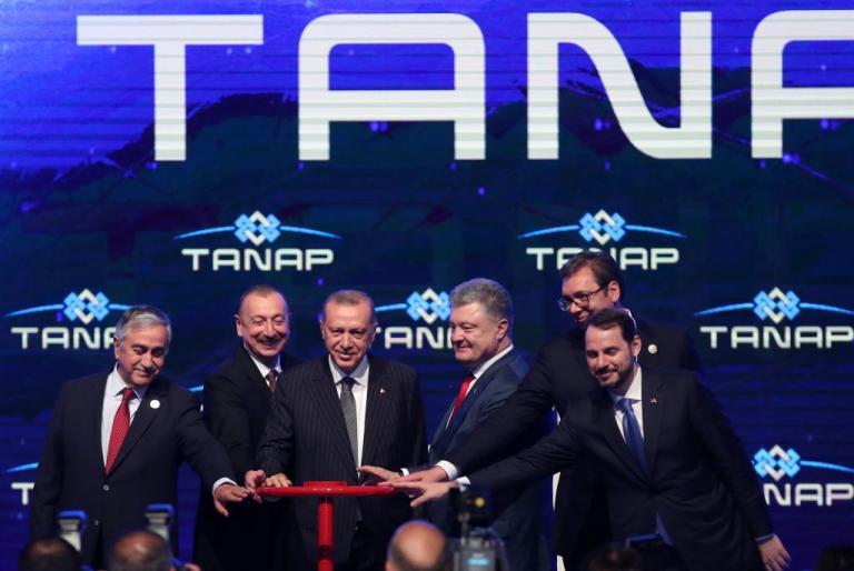 Προχωρά τα επιβλητικά προεκλογικά έργα ο Ερντογάν – Εγκαινίασε τον αγωγό Tanap [pics]