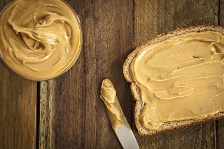 Φυστικοβούτυρο: Οφέλη, θερμίδες και διατροφική αξία – Η αλήθεια για την χοληστερίνη [πίνακες, vid] | Newsit.gr