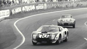 Η θρυλική μονομαχία των Ferrari και Ford στο Le Mans γίνεται ταινία