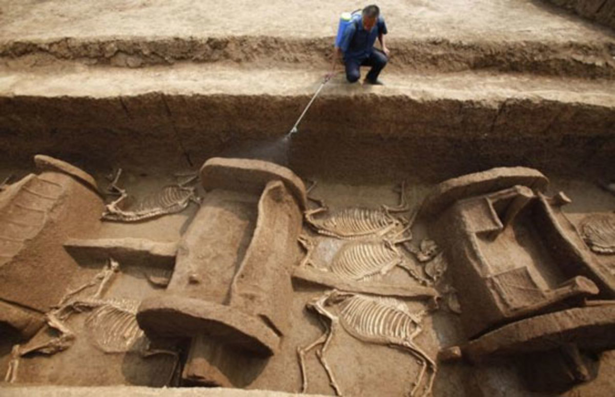 Τεράστια αρχαιολογικη ανακάλυψη στην Ινδία! Βρήκαν άρματα ηλικίας 4.000 χρόνων! | Newsit.gr