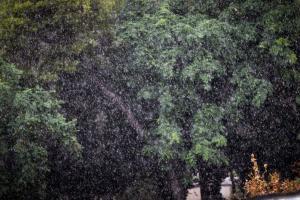 Καιρός: Σάββατο… για σπίτι στα τέλη Ιουνίου! Βροχές και καταιγίδες