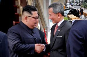 «Τορπίλισε» την G7 και πάει Σιγκαπούρη ο Τραμπ! Έφτασε με… μυστήριο ο Κιμ Γιονγκ Ουν