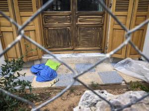 Αργυρούπολη: Οι συγγενείς του δραπέτη προσπάθησαν να καθυστερήσουν τους αστυνομικούς!