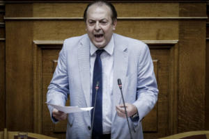 Λαζαρίδης: Δεν παραδίδω την έδρα – Γιατί παραιτήθηκα… μετά το Ζάππειο