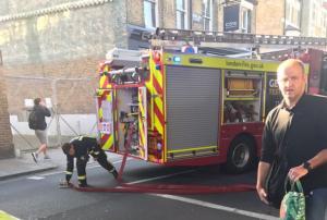 Λονδίνο: Τρεις νεκροί σε διασταύρωση τρένου