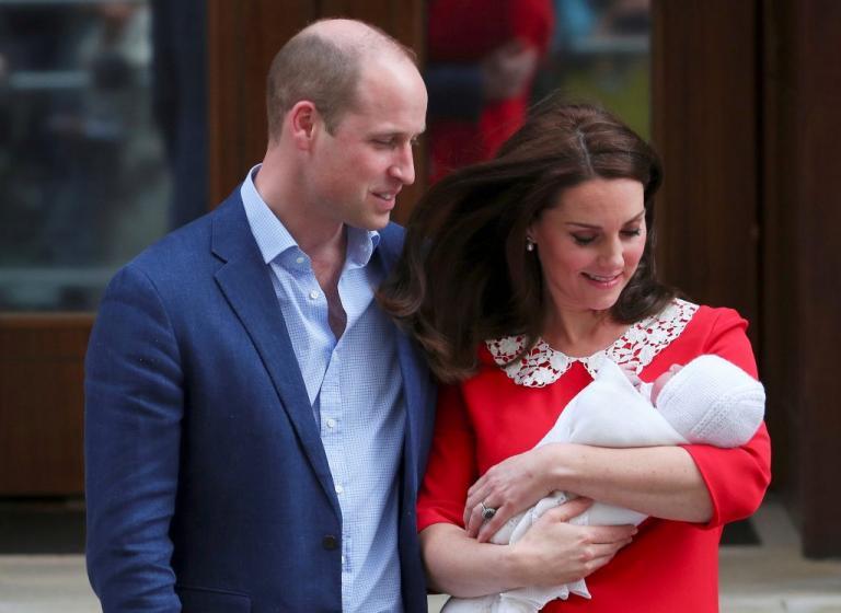 Βαφτίζεται ο πρίγκιπας Λούι! Πυρετώδεις προετοιμασίες του Πρίγκιπα Ουίλιαμ και της Κέιτ Μίντλετον | Newsit.gr